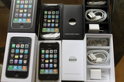 For sale-- Apple Iphone 4G 32GB